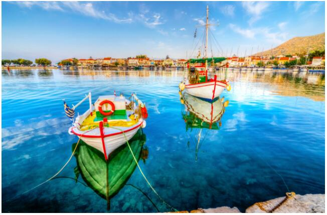FLIGHTS, ACCOMMODATION AND MOVEMENT ON THE SAMOS