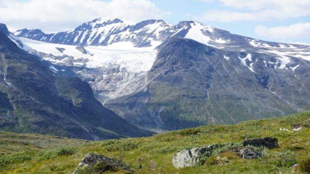 Summer skiing in Norway